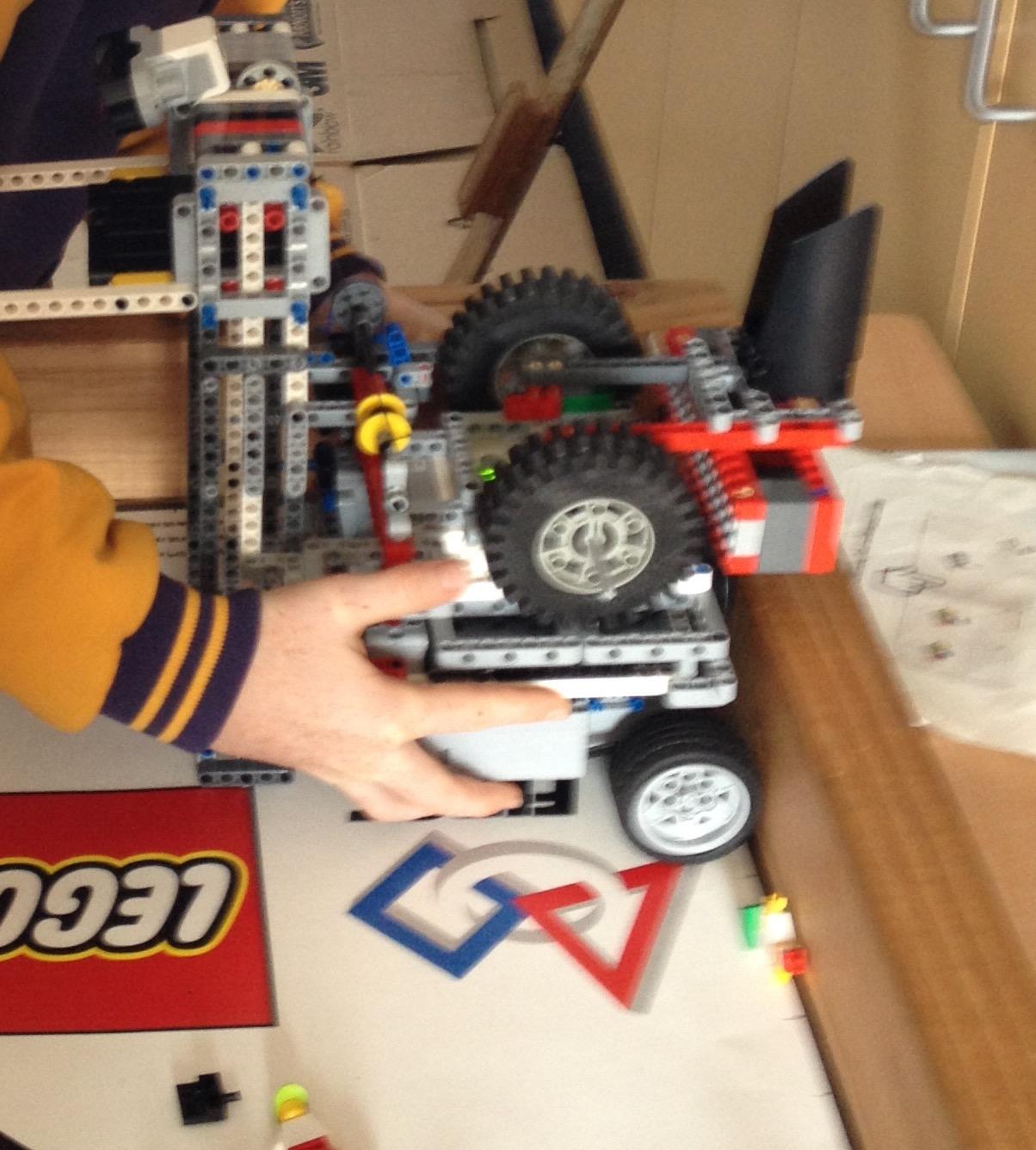 Robotics 2015 Trash Trek